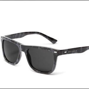 NWT Dolce & Gabbana square camouflage sunglasses